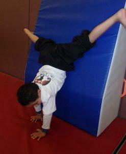 acrobatie enfants