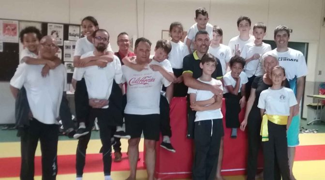 Kung Fu : duo enfant-parent réussi
